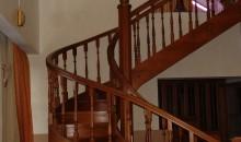 Винтовая лестница, материал дуб