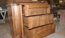 Пеленальный стол и детская кроватка из массива
